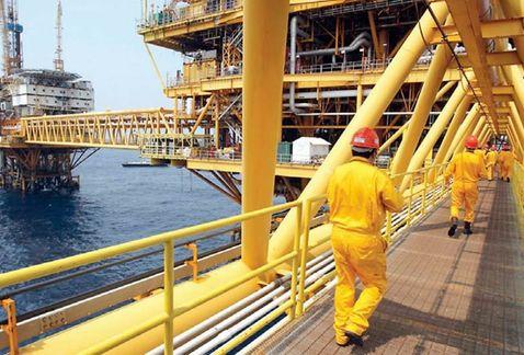 Cae petróleo mexicano a 41.52 dólares por barril