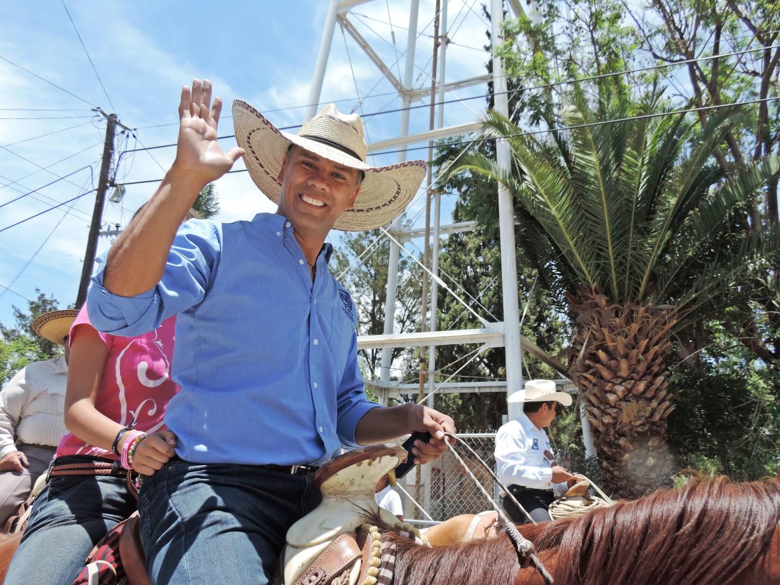 Arremete @arambulaantonio en contra del Senador @MartinOrozcoAgs