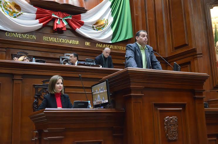 Se acabó el amor legislativo del PVEM con el PRI