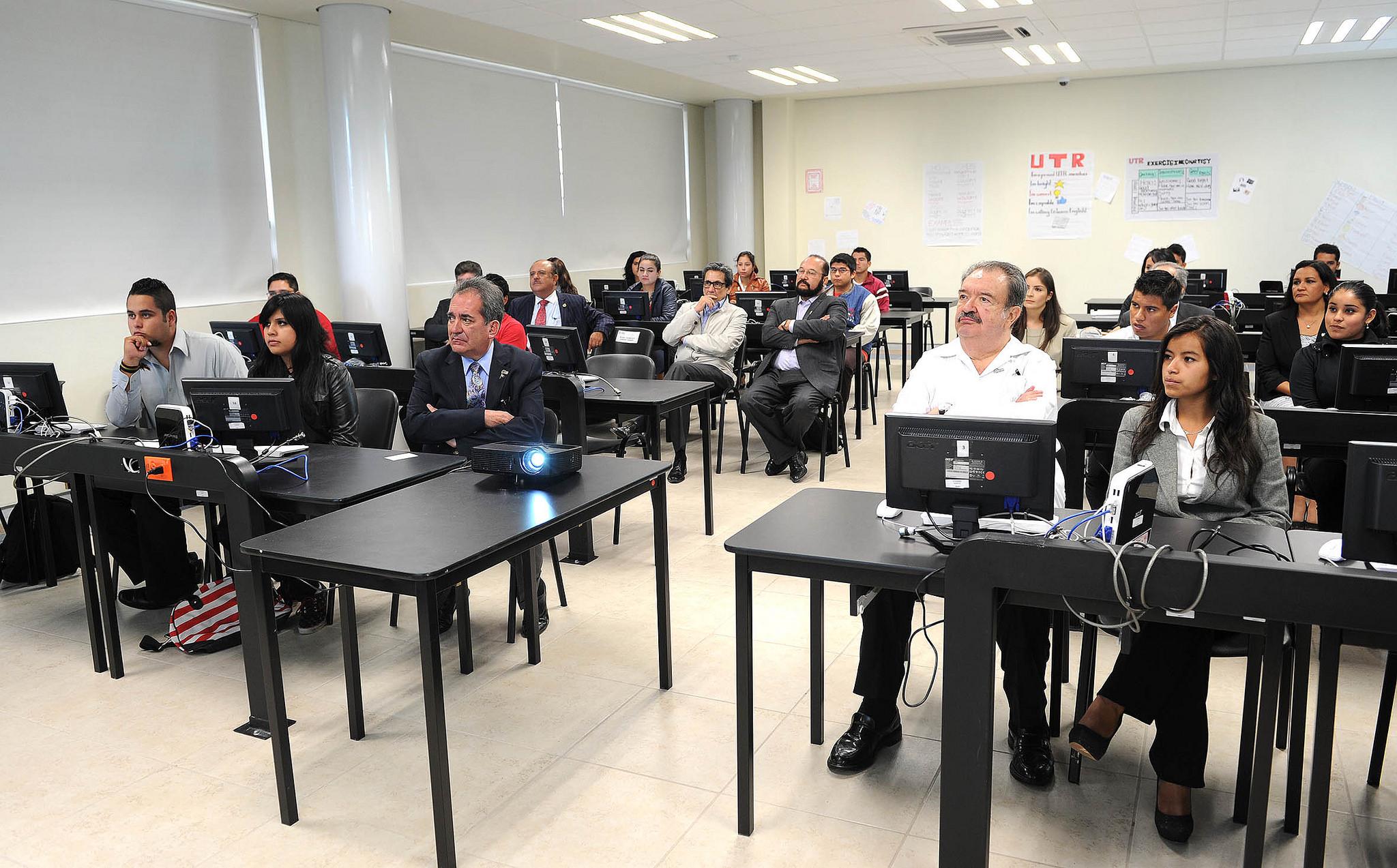 Descontarán a empresa pago a docentes del programa «impulso a la calidad»