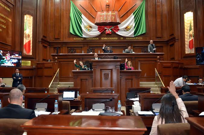 Aprueban Diputados 35 de 98 Iniciativas en un año cuatro meses