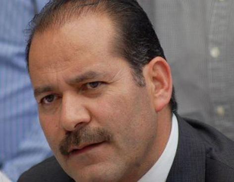 Ventila @MartinOrozcoAgs negociaciones en el Congreso de la Unión