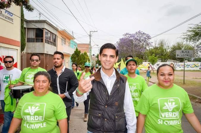 Relevan a José Luis Alférez en el PVEM