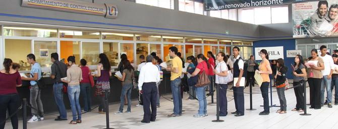 Solo el 43% de las solicitudes podrán ingresar a la @UAA_MX