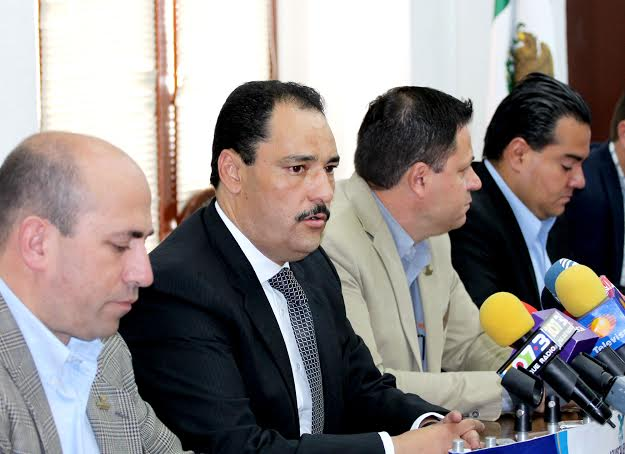 Más de 1500 empleados del @MunicipioAgs al operativo de la FNSM 2015