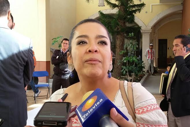 Se defiende Elsa Landín de amonestación por actos anticipados de campaña