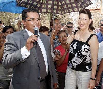 Hijo putativo de Lorena Martínez la promueve como futura Gobernadora