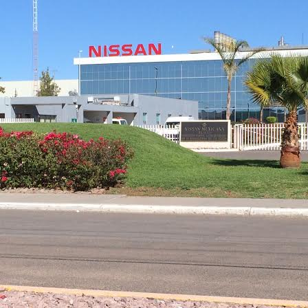Fabrica NISSAN Aguascalientes auto para lograr los 10 millones manufacturados en México