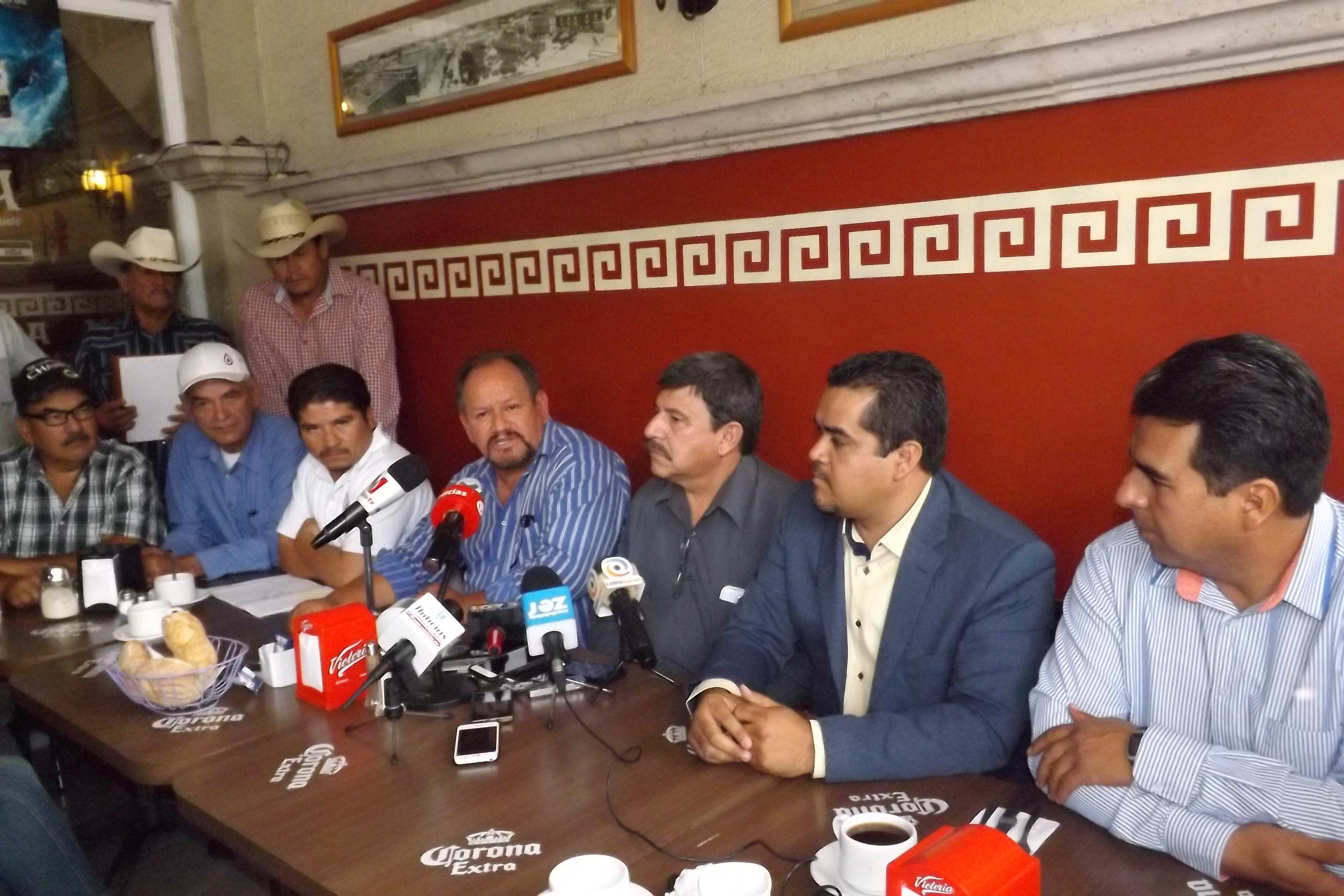 Amenazan con bloqueos y manifestaciones a Sagarpa y Cna