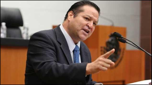 Peña Nieto debe ser menos complaciente con TRUMP: @FHerreraAvila
