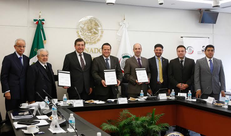 Firma convenio @FHerreraAvila con la @UNAM_MX