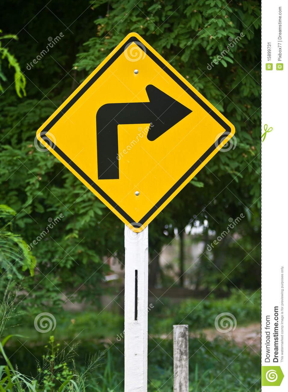 Analizan eliminar vueltas a la derecha en el @MunicipioAgs