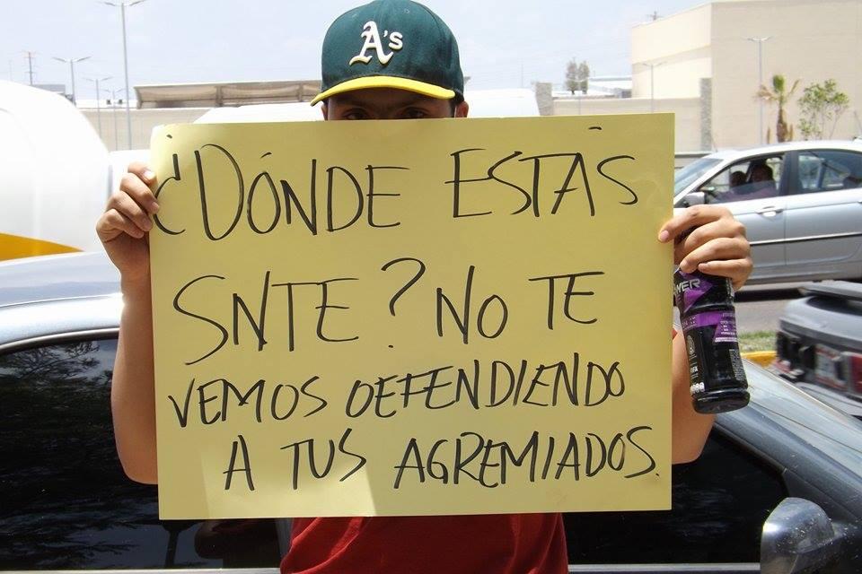 Protestan contra Reforma Educativa y SNTE