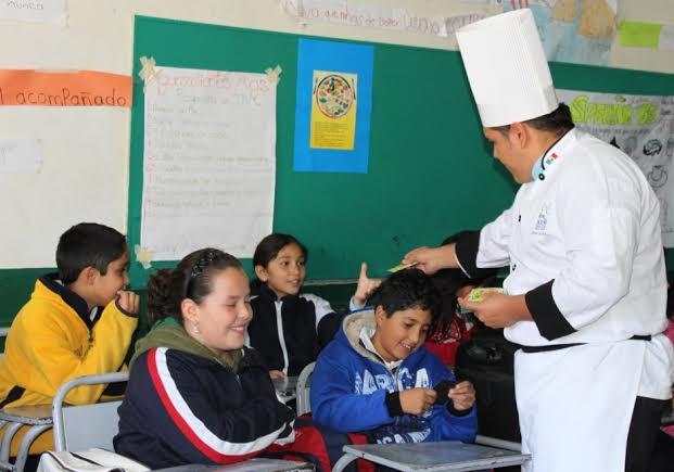 Implemente ISSEA programa piloto para combatir desnutrición entre escolares