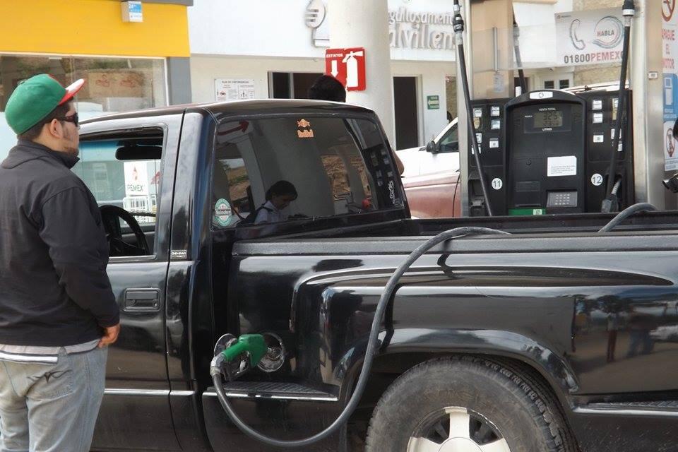 Refutan Cámaras Empresariales alza en gasolinas