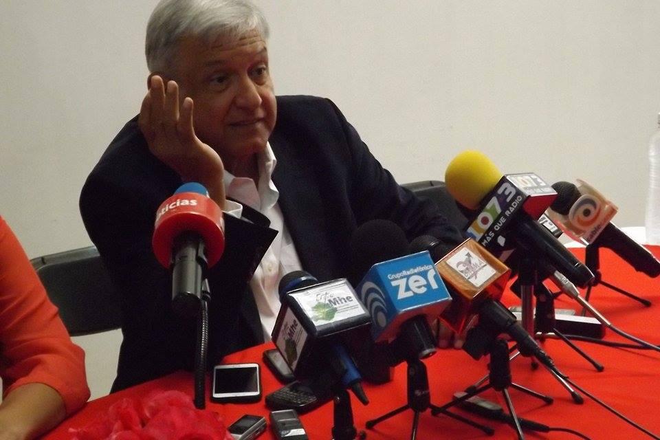 Según su 3de3, López Obrador gana 50 mil mensuales