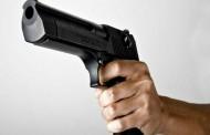 Interponen queja contra policía que disparo a sujeto que lo amagó con arma de juguete