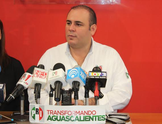 Abre @PacoGuel las puertas del @PRIAguas a sus críticos