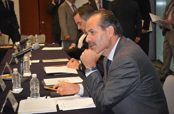 Propone @MartinOrozcoAgs reducir 50% el presupuesto del @INEMexico y Partidos Politicos