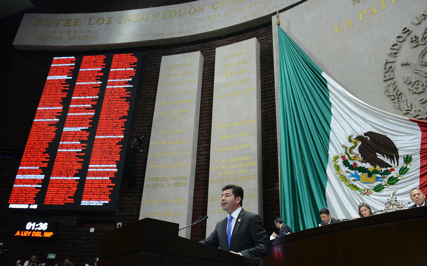 Presenta López iniciativa para eliminar IVA en alimentos preparados