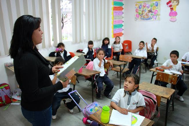 1334 maestros locales serán evaluados para su permanencia frente al aula
