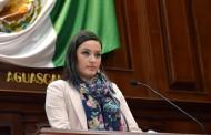 Aprueban exhorto de Martha Márquez