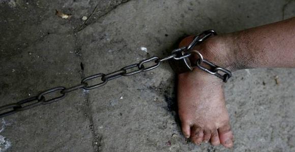 #Inhumano Encadenan a menor en Tepezalá