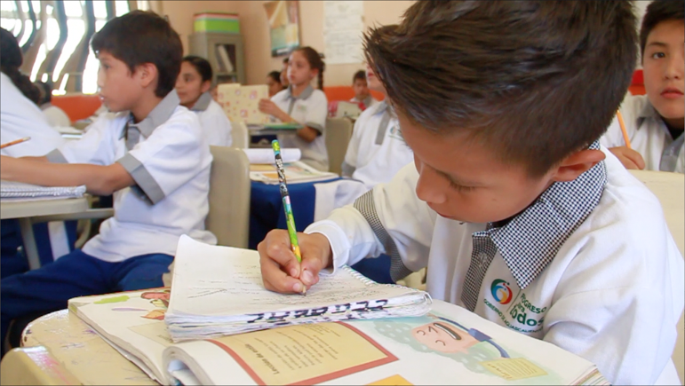 Podría reducirse calendario escolar a 185 días: @pacochavezags