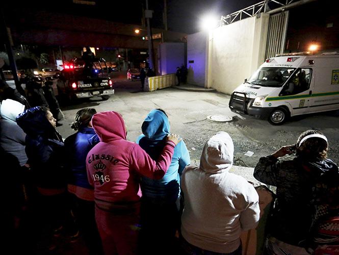 Reportan medio centenar de muertos en amotinamiento en cárcel de Nuevo León