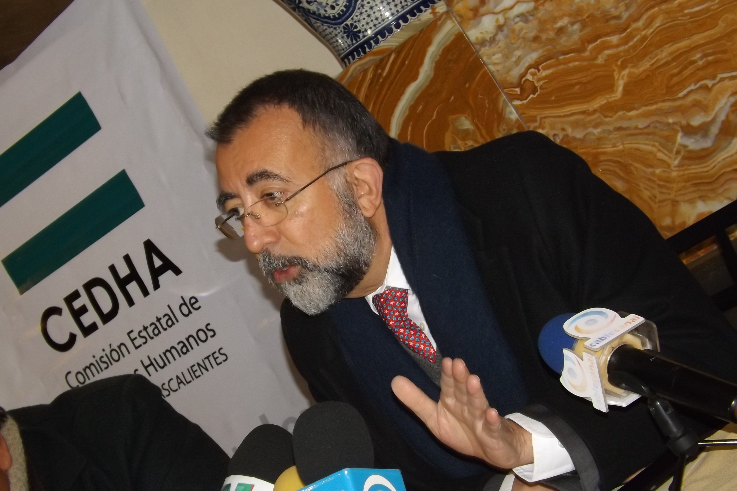 Ombudsman: Diputados discriminan