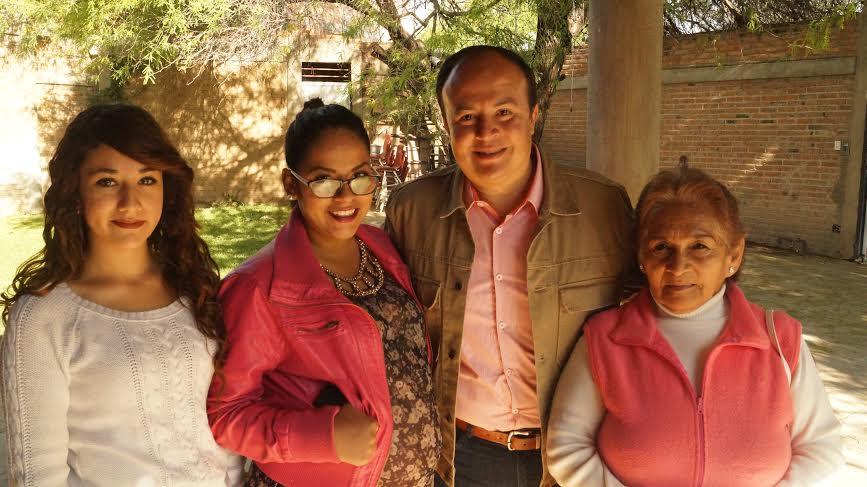 Consultas Ciudadanas serán obligatorias en mi Gobierno: González