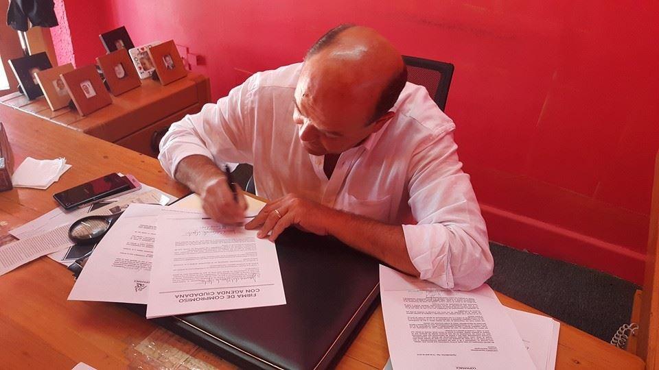 Firma Del Conde compromisos con COPARMEX