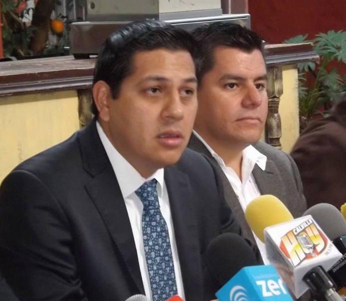 Priistas quieren legislar con el hígado: @JavierLuevanoN