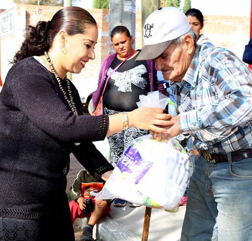 Promueve el @MunicipioAgs adecuada nutrición para los adultos mayores