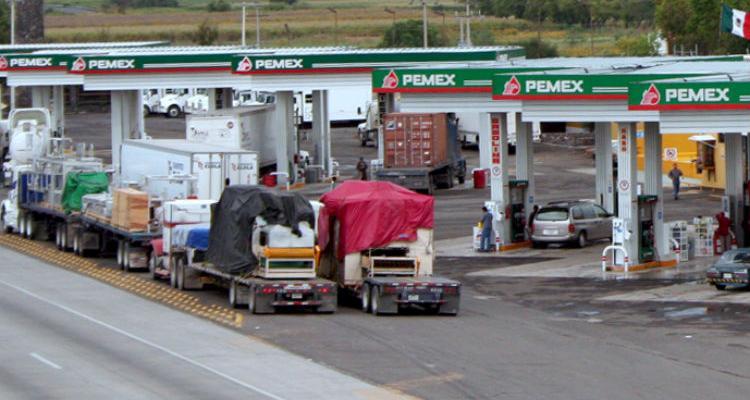 Peña Nieto busca apagar molestias por el gasolinazo: Canacar