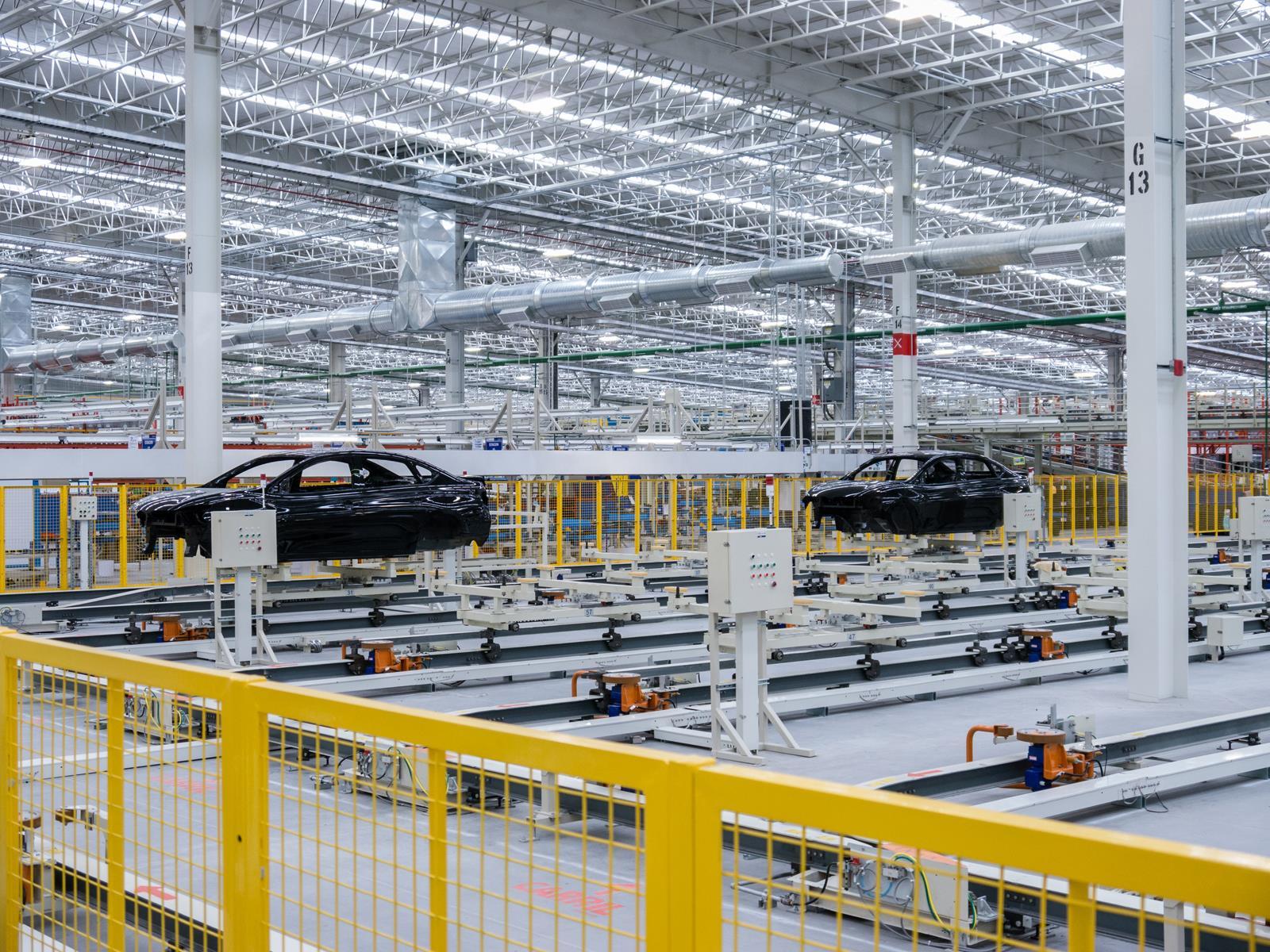 Alertan sobre una caída en la industria automotriz por el USMCA