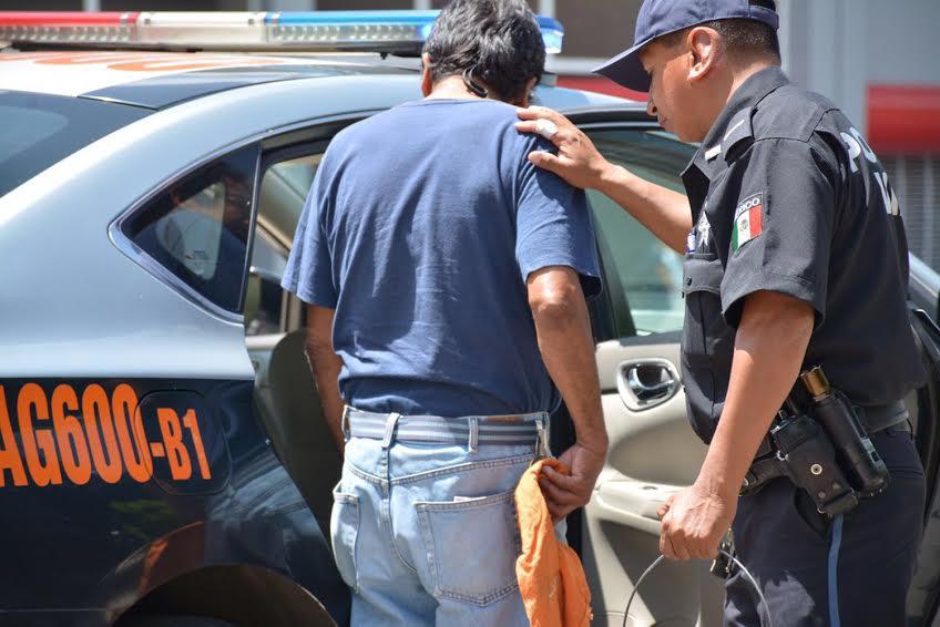 Va el @MunicipioAgs contra franeleros
