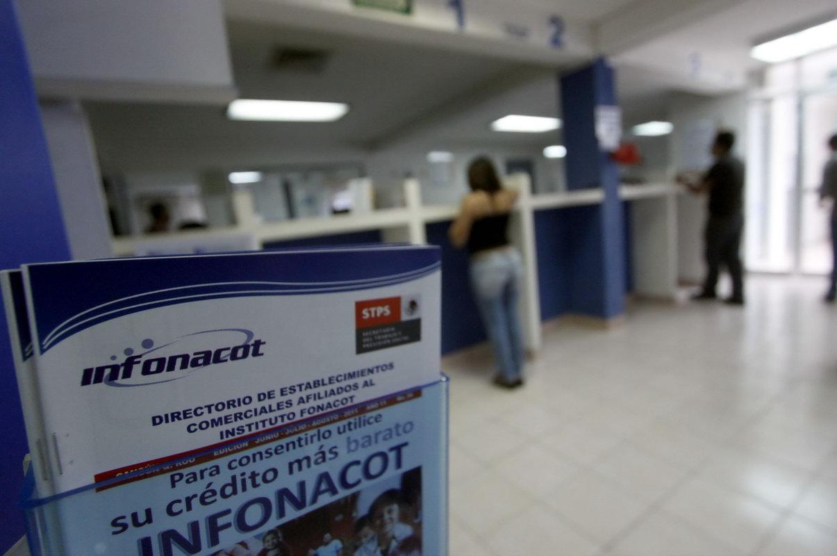 Ciclo escolar endeuda con 3.5 mdp a trabajadores: Fonacot