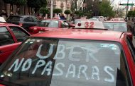 Van taxistas contra Uber y unidades pirata