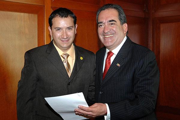 Gana titular de RyTA más que 10 alcaldes de Aguascalientes