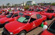 Dan la espalda taxistas locales al paro nacional