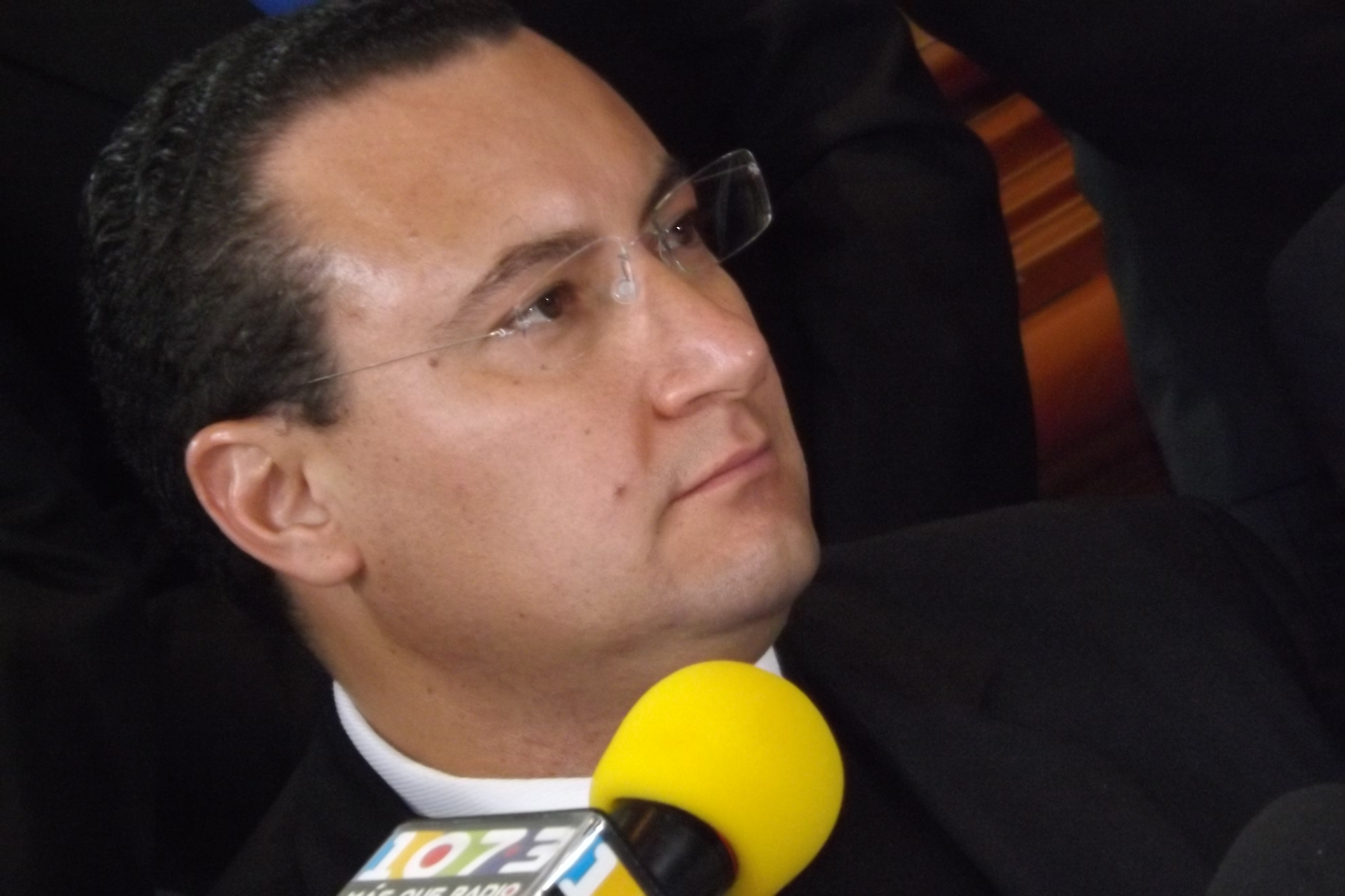 Pan: Gobierno quiere heredar conflicto de urbaneros a Orozco