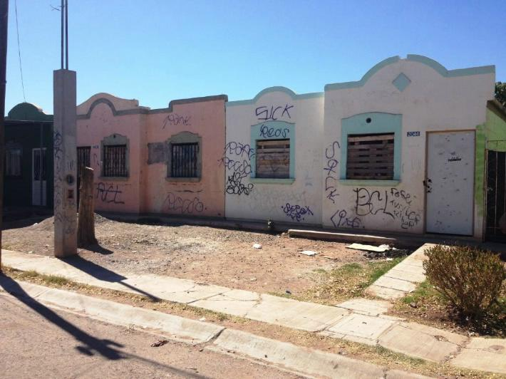 Recupera Infonavit 300 casas abandonadas