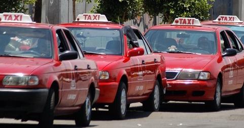 Ponen plazo taxistas al Gobierno