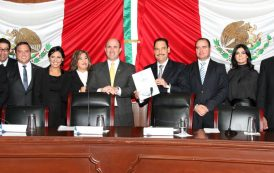 Rinde @TMartinDelCampo tercer informe al cabildo del @MunicipioAgs