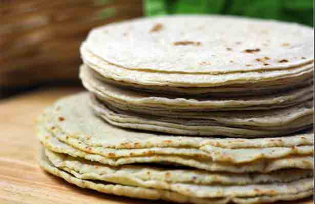 Amanece Aguascalientes con costo de tortilla hasta en 16 pesos