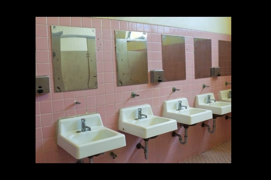 Rechaza la CEDH instalación de cámaras en baños de escuelas