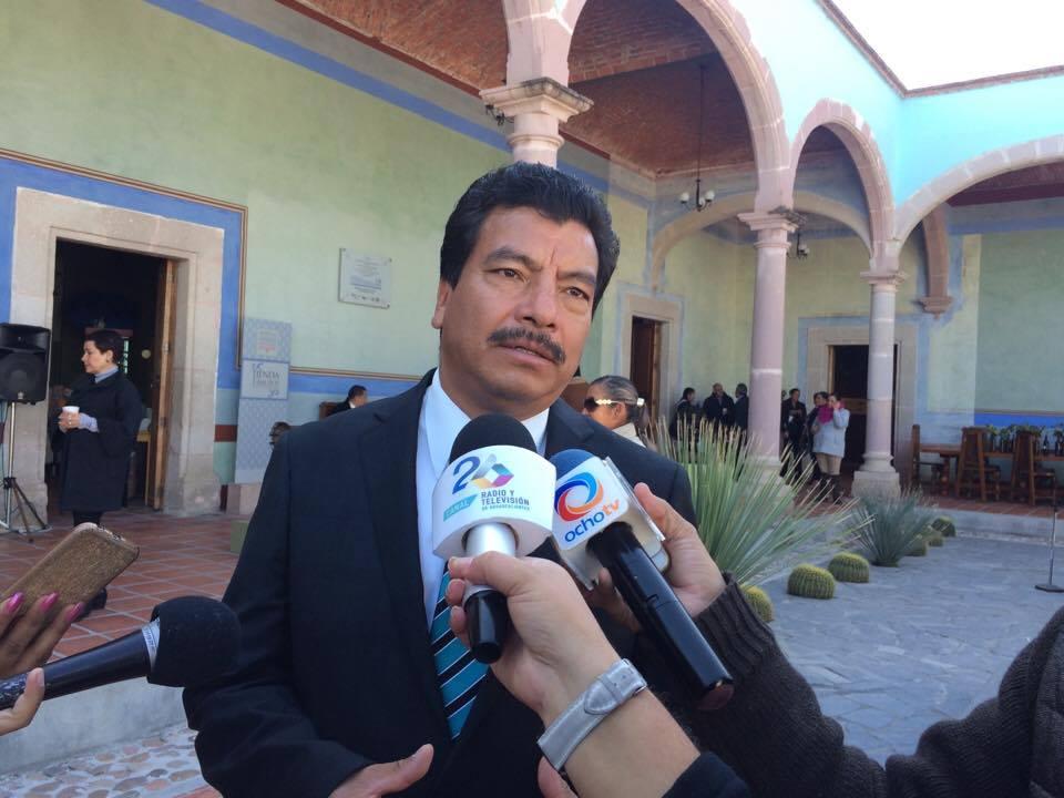 3 ex regidores de Rincón demandan liquidación
