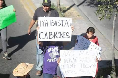 «Fuera Peña, fuera Peña; esos son, esos son los que chingan la nación»