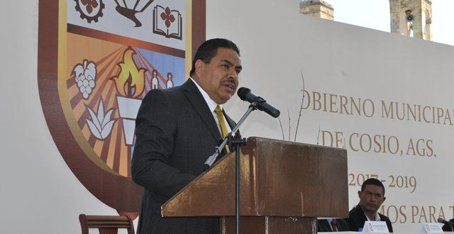 Va cabildo de Cosío por Padilla Adame y ex funcionarios
